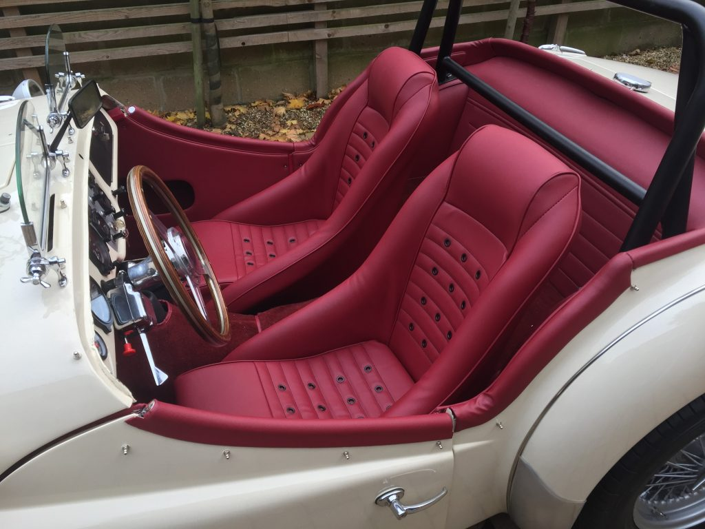 Picture of: Custom Classic Corbeau Bucket Seats Corbeau Seats