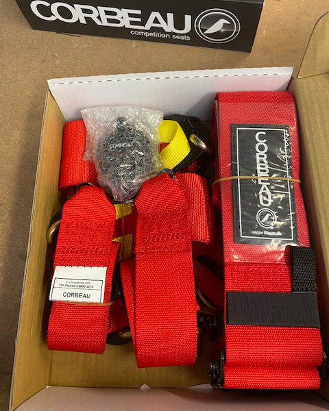 Box of Clearance Corbeau Ultima Pro S3036D 6 Point Harnesses in Red